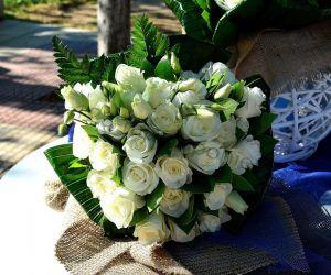 Στολισμός γάμου μπλε τριαντάφυλλα_31